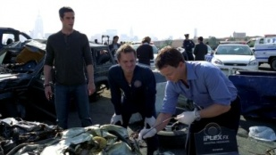 CSI: NY 05x09 : The Box- Seriesaddict